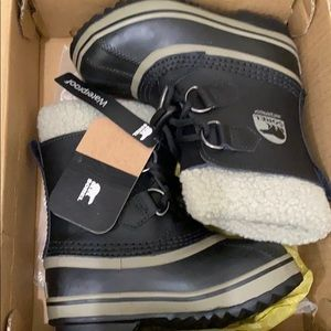 Sorrel youth pack TP snow boots